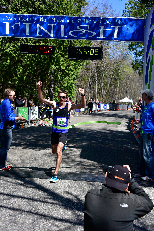 Top Ultra Marathoner Sigl Cruises To Door County Half